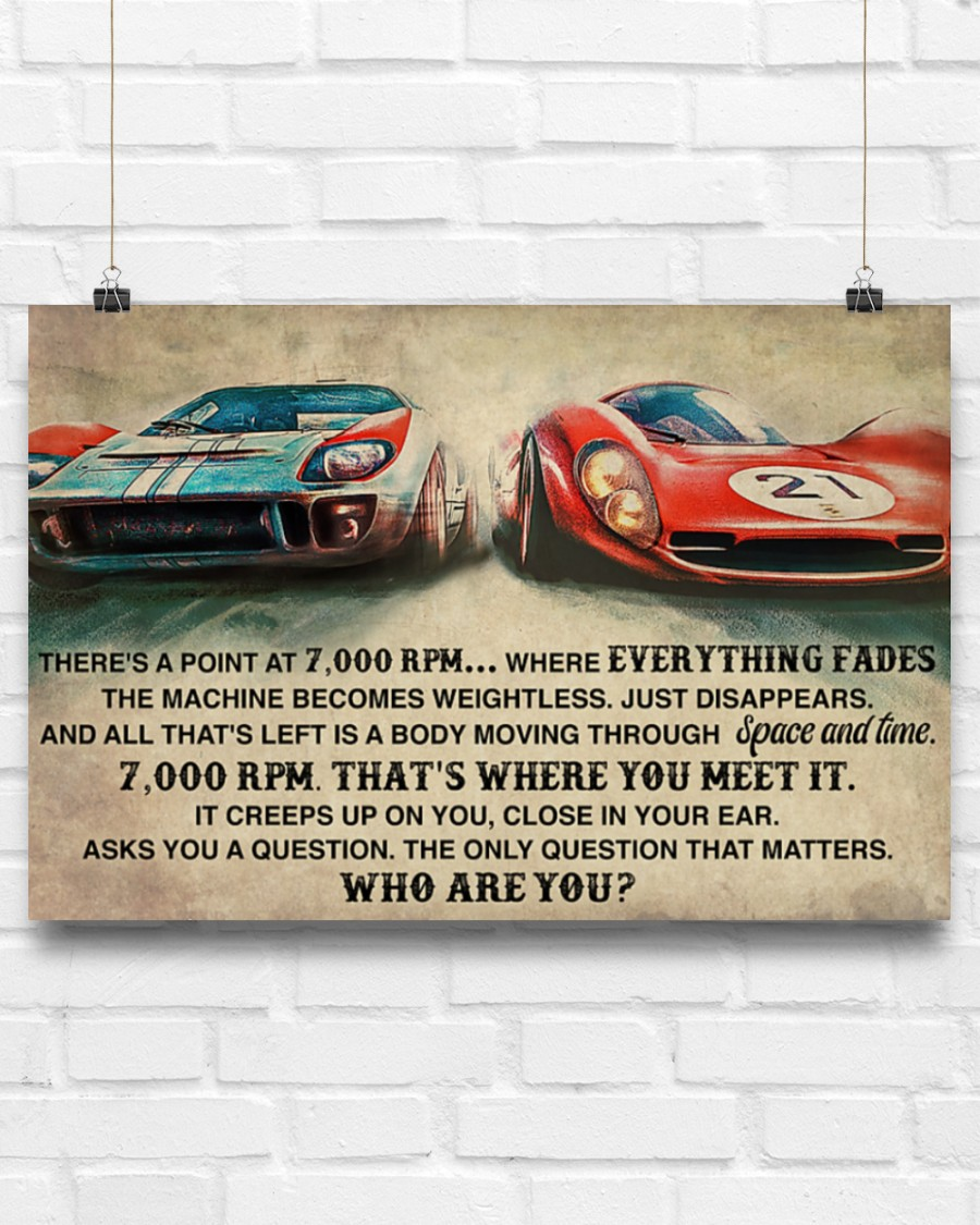 Poster Car racing there's a point at 7000 RPM 7