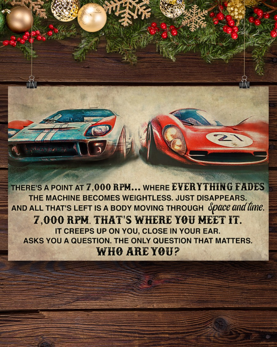 Poster Car racing there's a point at 7000 RPM 9