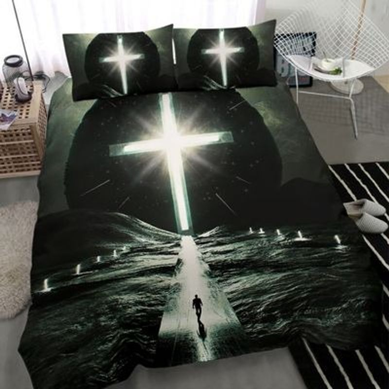 Way to cross light with person bedding set 8