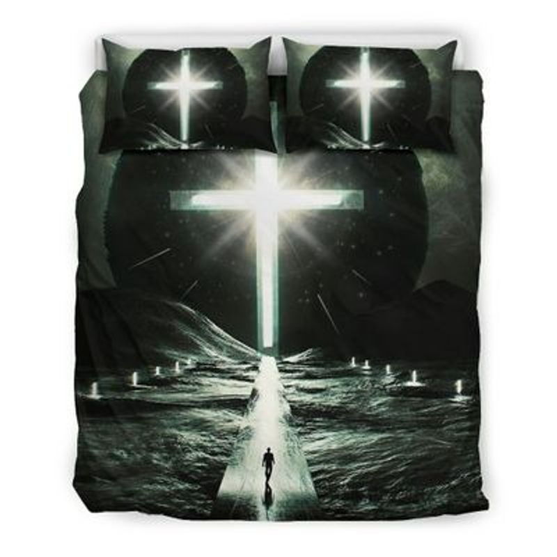 Way to cross light with person bedding set 9
