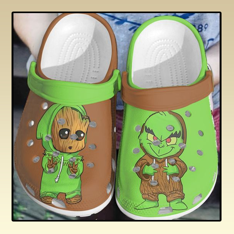 Baby Groot and Grinch crocs log crocband2