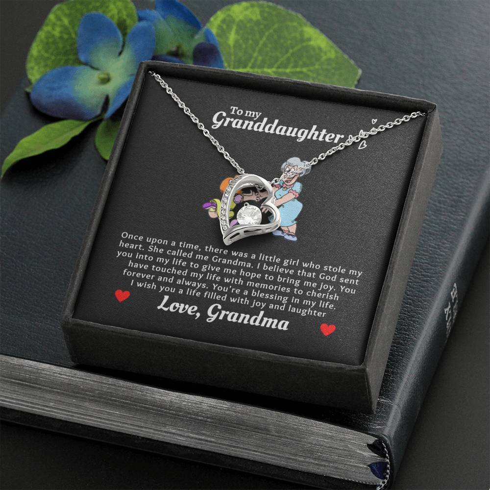 To My Granddaughter Love Grandma Heart NeckLace3