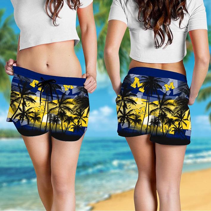 Michigan Wolverines Tropical Hawaiian Shirt Short2 1